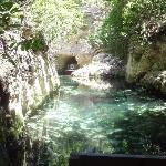 un paseo en barca por un cenote (creo). estuvo bien.
