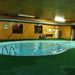 Days Inn & Suites by Wyndham New Buffalo