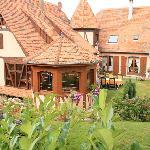 La maison, vue du jardin