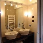 Salle de bains de la chambre 11