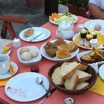 breakfast (fruit is not on table yet)