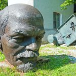Lenin in the dumps