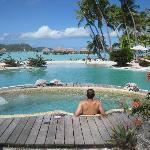 Hot tub, pool, beach