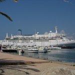 cruise ship aug 2006