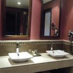 Salle bain Chambre premium vue piscine
