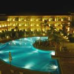 La Quinta at night