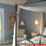 Our Room, Le Tricorne