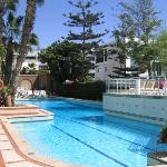 Hotel Kamel pool.