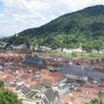 Heidelberg, Baden-Wurttemberg, Alemania. Panorámica del rio Neckar desde el castillo