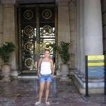 Puerta del Ayuntamiento ( municipalidad) de Valencia