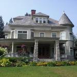 Vicotrian mansion
