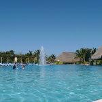Active main pool area