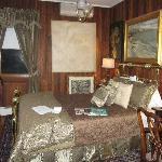 Glendwood Room, Bedroom