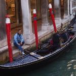 Siapa yang mau ikut naik gondola?