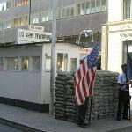 Checkpoint Charlie ภาพถ่าย