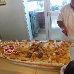 presentation soigneuse du buffet dessert...