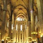 Basilica de Santa Maria del Mar Photo