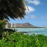 Beautiful Waikiki Beach & Diamond Head