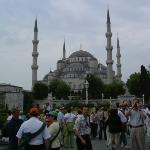 Mezquita de Estambul construida por el sultán Ahmed I (1603-1617) junto al mar de Mármara. Está