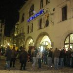 A wild Saturday night in the winter outside the Hofbrauhaus