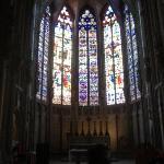 ---CARCASSONNE---  Vitrail dans la Basilique Saint-Nazaire.