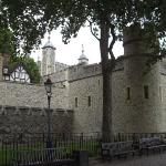 Tower of London... Where you  gets beheaded!
