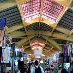 the famous ben thanh market...... where i see lots of low class 'high profile' foodstuffs.......