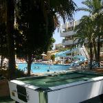 le coin piscine avec un billard (partie à 1€50)