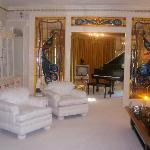 Elvis` sitting room