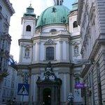 Hofburg Imperial Palace - Back Entrance - Michael WingKaiserliche Residenz - Hintereingang