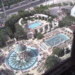 Las piscinas vistas desde la habitacion del Caesar Palace