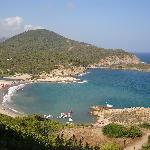 la spiaggia dell'hotel vista dalla torre di Chia