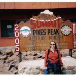 Au sommet de Pike's Peak, Colorado Springs, Colorado Juillet 2005, il fesait froid !  At the t