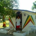 Kiki/Peter Tosh mausoleum/Jamaica