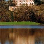Le Palais qui domine la vallée de la Loire