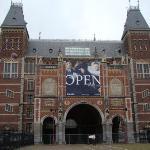 Que nombre mas raro, nunva pude con la pronunciacion de ese museo...