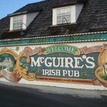 ‪McGuire's Irish Pub & Brewery‬