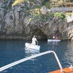 青の洞窟の入り口