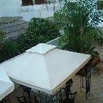 colazione in giardino 2
