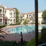 Kohinoor hotel, Diu, interior pool
