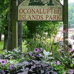 Oconaluftee Islands Park sign