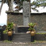 Peraliya village & train memorial