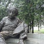 Einstein Statue.
