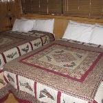 Unit 4 Beds