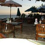 Beach restaurants nearby