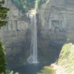 Taughkanock Falls, Cayuga Lake