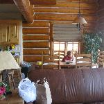 large living area/nice kitchen/spacious with beautiful view