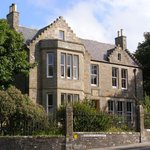 Mrs. Muir's Bed & Breakfast at 2 Dundas Crescent, Kirkwall