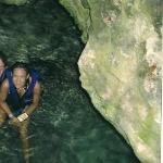 premiere journee de plonge nous sommes dans une grotte !!!!