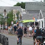 Street scene near Gifford House